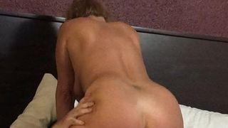 мне сексуалная попка блондинки и супер секс попали самую точку